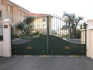 chronotec portes et portails automatiques collectifs et industriels. Black Bedroom Furniture Sets. Home Design Ideas